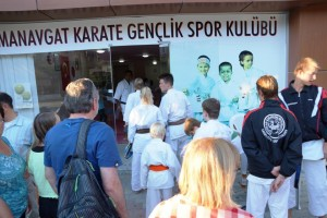 Training mit Karateclub Manavgat (1)